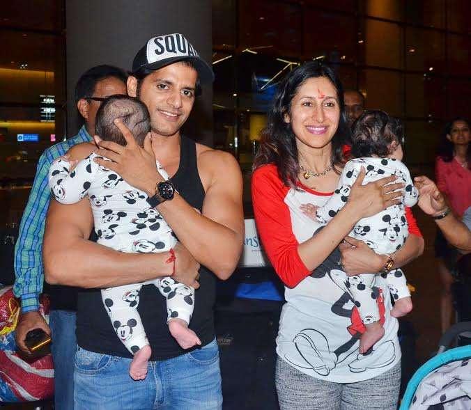 India Tv - Karanvir Bohra and complete family