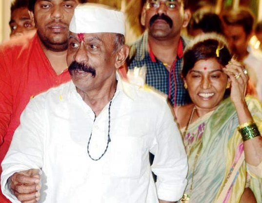 India Tv - Don with wife