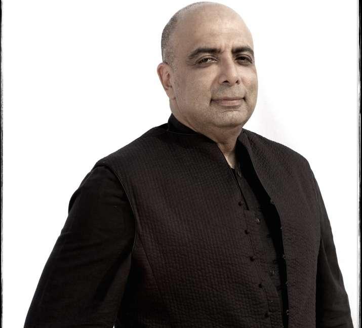India Tv - Tarun Tahiliani