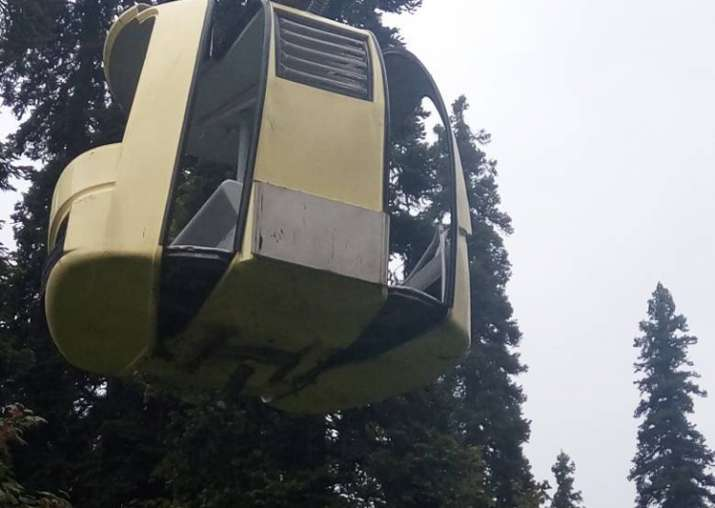 Seven killed as cable car plummets in Gulmarg