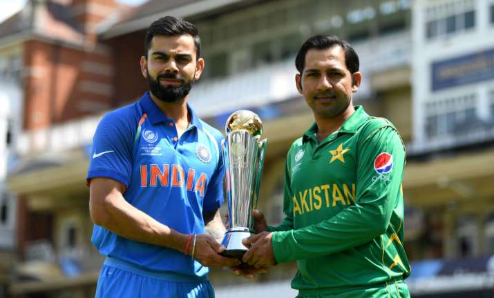 India captain Virat Kohli and Pakistan captain Sarfraz