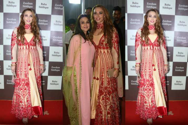 India Tv - Salman's rumoured girlfriend Lulia Vantur at Iftar party