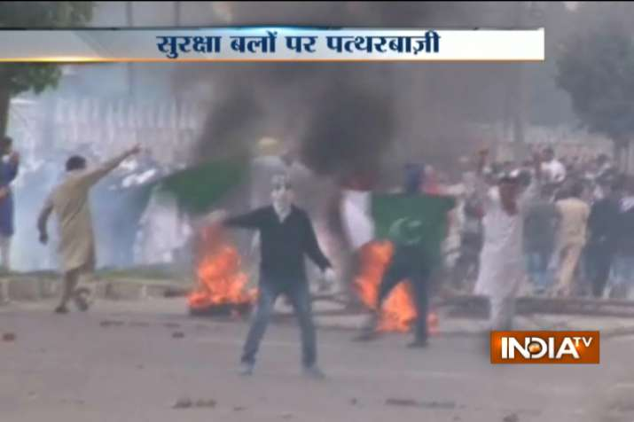 20 injured in Kashmir Valley as clashes, stone pelting mar