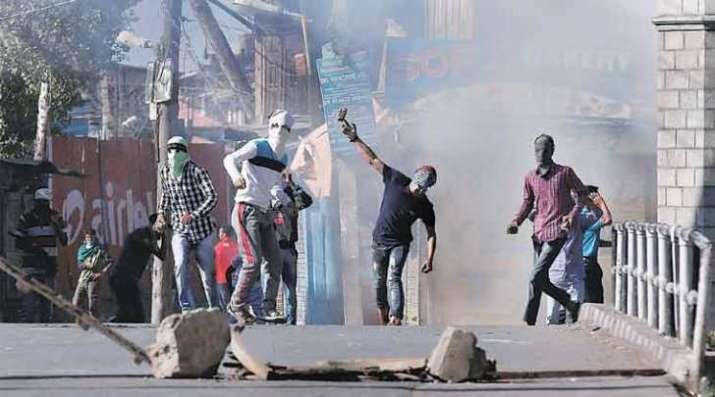 Pakistan supporting terror groups to destabilize Kashmir: