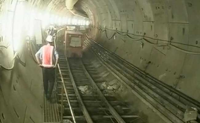 India Tv - India's first underwater metro tunnel