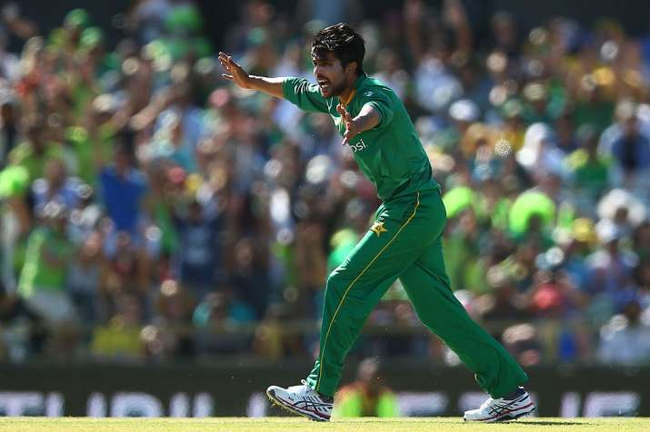 Mohammad Amir in action
