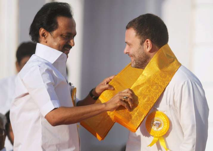 DMK's MK Stalin hosts tea party for Rahul Gandhi