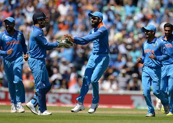 Virat Kohli celebrates the dismissal of a South Africa