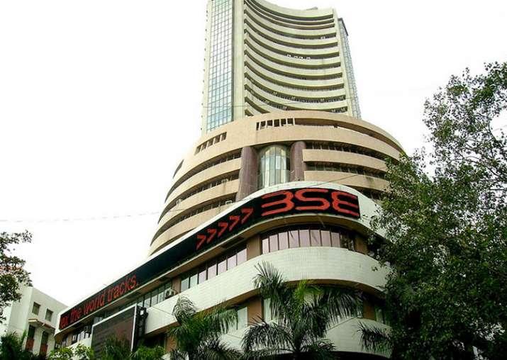 Sensex closes at 31,309, Nifty at 9,675