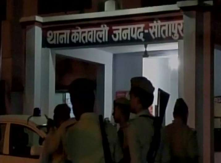 Trader, wife and son shot dead outside their house in UP's