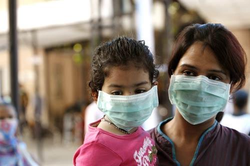 तेज़ी से फेहल रहा है स्वाइन फ़्लुए (H1N1),जानिए इसके लक्षण और जल्द करिये बचाव।