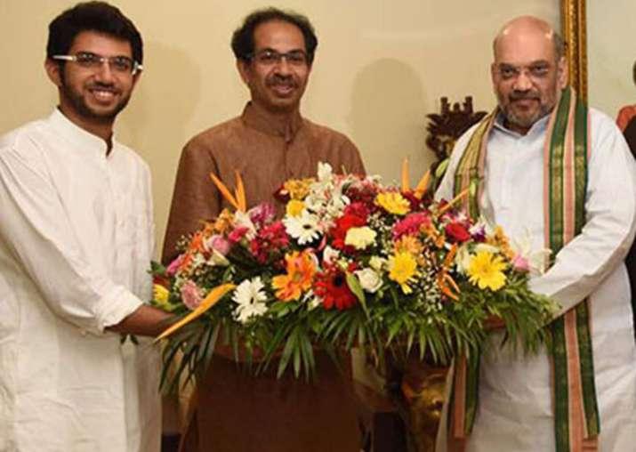Amit Shah today met Uddhav Thackeray at Matoshree