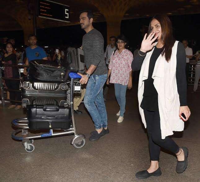 India Tv - Esha Deol at airport