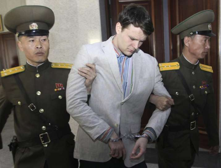 US student freed by North Korea in a coma dies