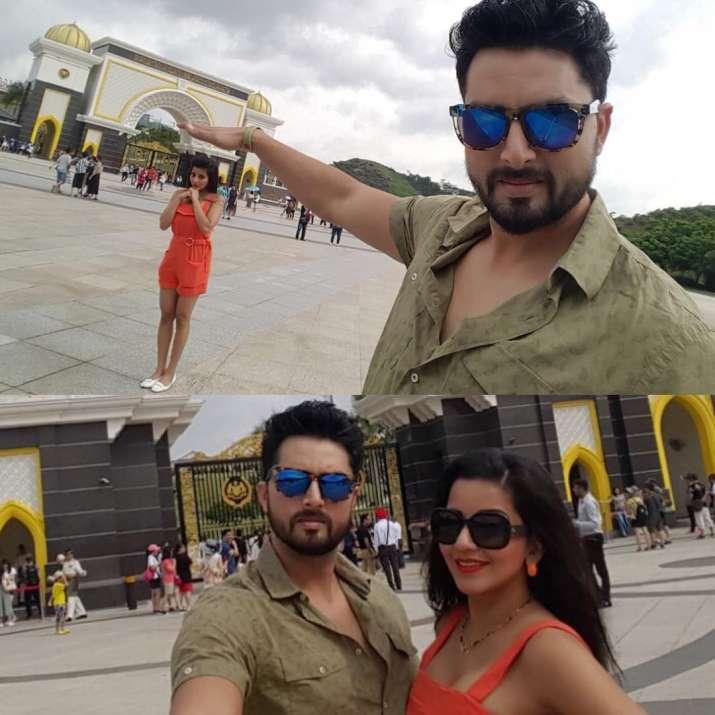 India Tv - Monalisa on romantic honeymoon with husband Vikrant Singh Rajput in Malyasia
