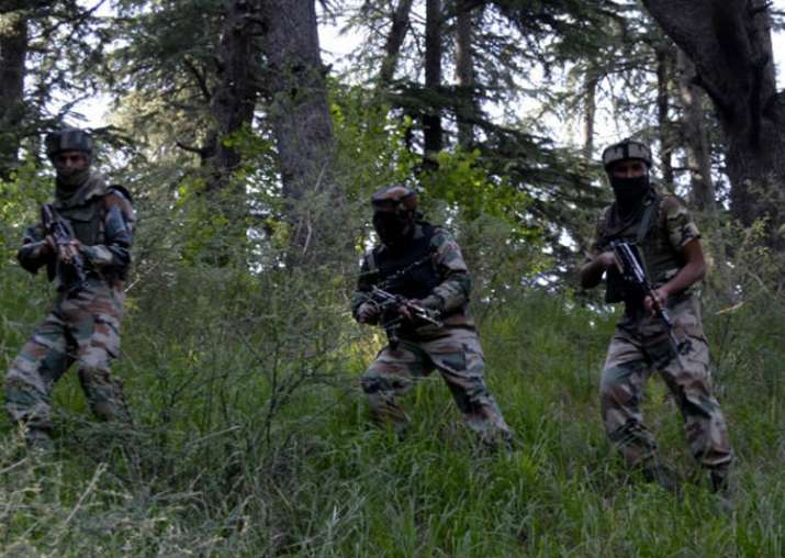 Soldier martyred, another injured in Pakistan firing along
