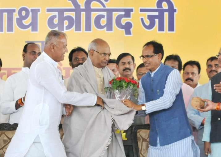 MP CM Chouhan praises Kovind