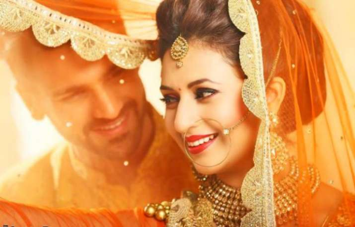 Divyanka Tripathi and Vivek Dahiya anniversary