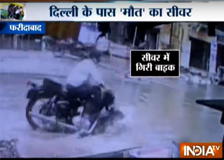Open manhole in Faridabad traps vehicles, endangers over a