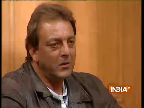 What happened when Sunil Dutt caught son Sanjay Dutt smoking