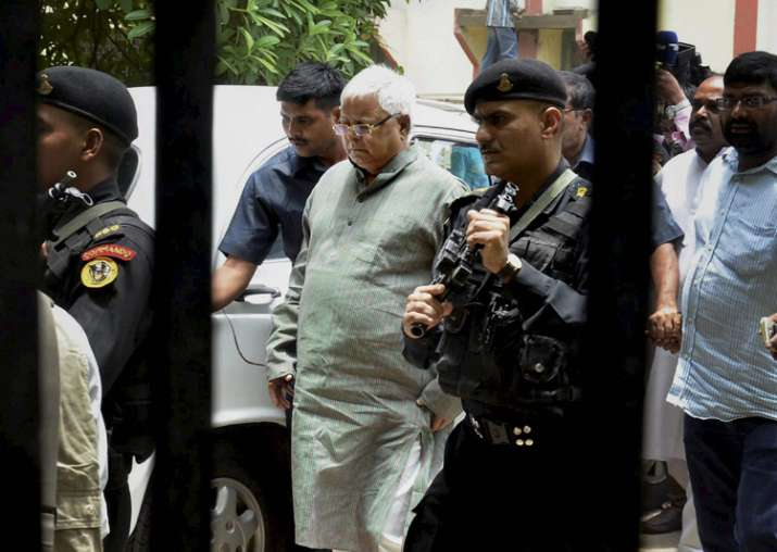 CBI raids: Congress stands in support of Lalu; JD(U)