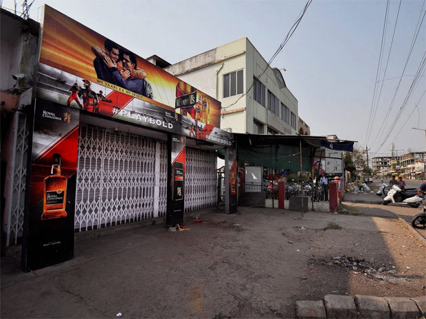 SC's liquor ban along highways results in Rs 5000 cr loss