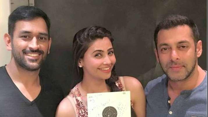 India Tv - Mahendra Singh Dhoni, daisy, salman