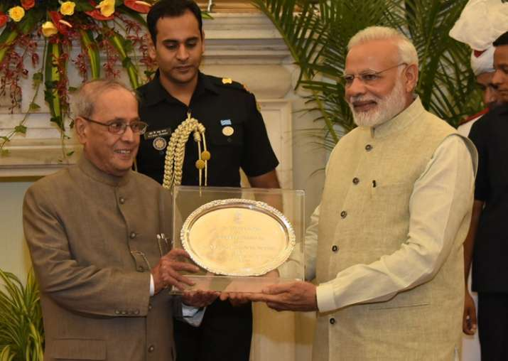 PM Narendra Modi hosts farewell for President Pranab