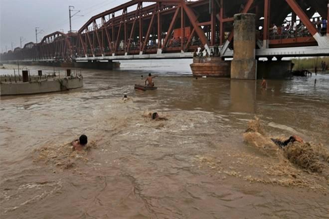 Major rivers in UP flowing above danger mark