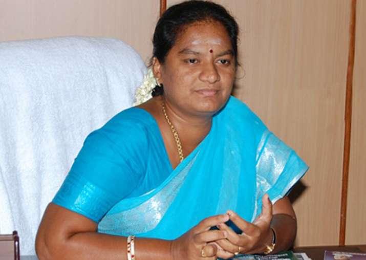 SC rejects as premature Sasikala Pushpa's plea on immunity