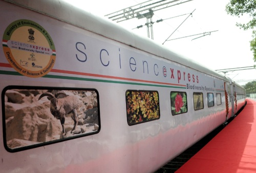 Prabhu to inaugurate Science Express Exhibition Train