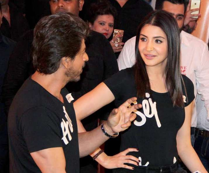 India Tv - SRK, Anushka