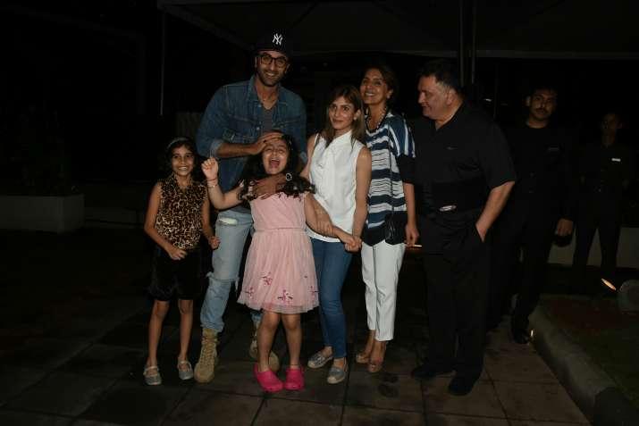 India Tv - ranbir kapoor with family