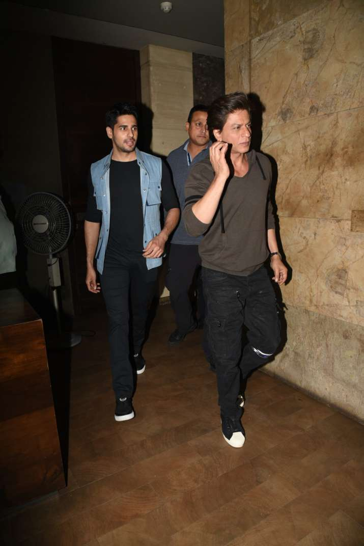 India Tv - SRK, Sidharth
