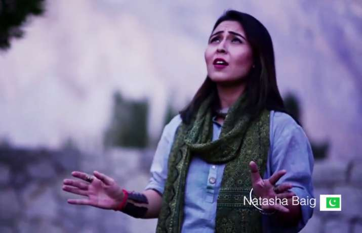 Artists sing Indian andPakistani National Anthem together