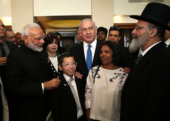 File pic - Modi and Netanyahu meet Moshe Holtzberg