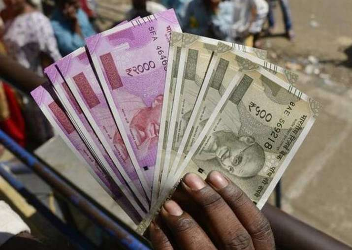 New Rs 500, 2000 notes have unique dimension: Finance