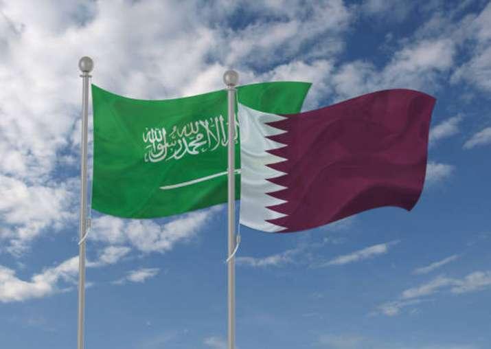 Saudi Arabia reopens Qatar border after surprise meeting