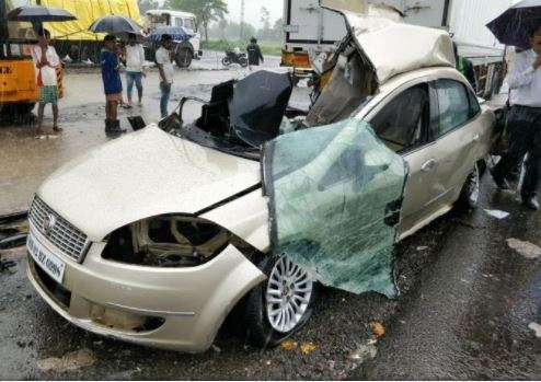 India Tv - The unfortunate car which met accident