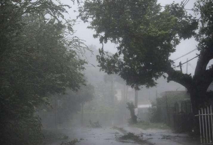 High winds, rain during passage of hurricane Irma in Puerto