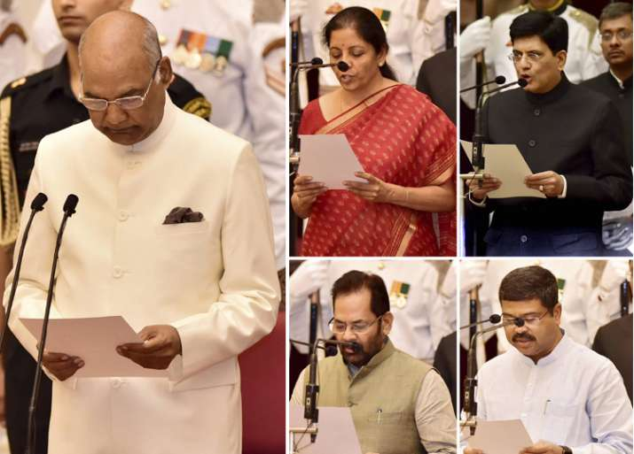 President administers oath to the newly inducted Cabinet
