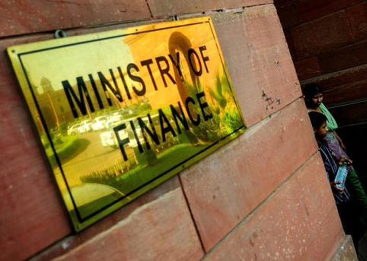 Government keeps option of financial stimulus open