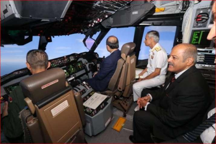 India Tv - Jaitley in cockpit of anti-submarine warfare aircraft simulator of Japan