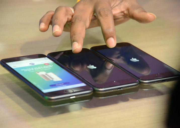 Apple, RJio launch iPhone 8, 8 plus in India