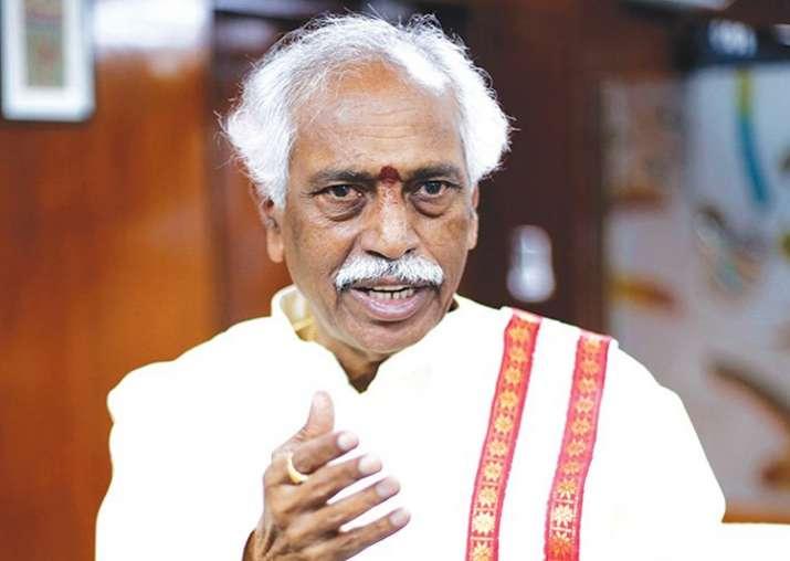 Labour Minister Bandaru Dattatreya resigns