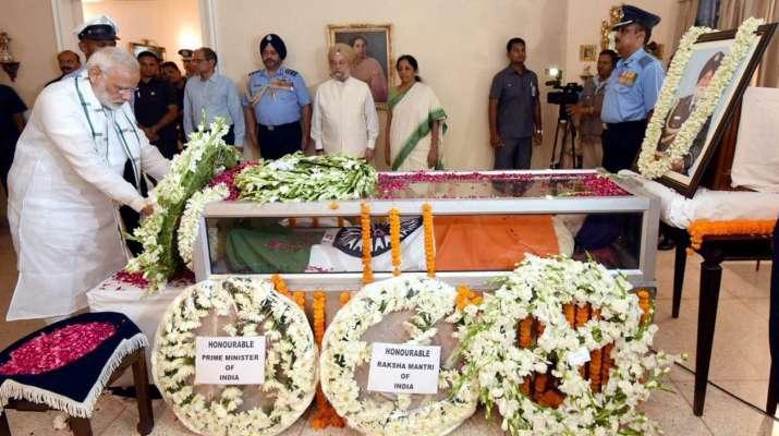 India Tv - PM Modi pay final tributes to Marshal Arjan Singh