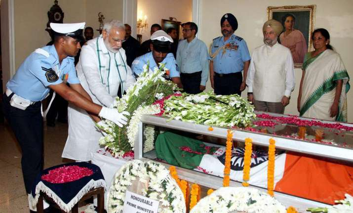 PM Modi pay final tributes to Marshal Arjan Singh