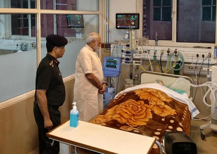 India Tv - Narendra Modi visits Arjan Singh at RR Hospital