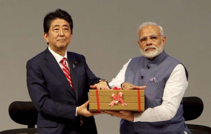 PM Modi and PM Abe inaugurate Suzuki's Gujarat vehicle