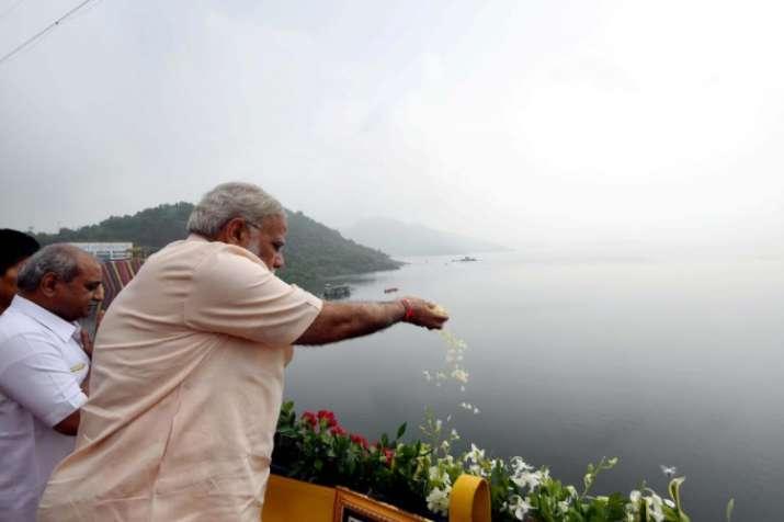 India Tv - PM Modi inaugurates Sardar Sarovar Dam